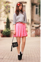 bubble gum H&M skirt