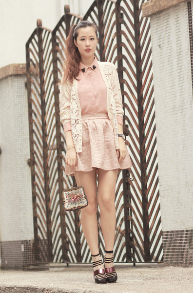 pink Style Societal skirt - light pink Chicwish shirt - ivory Chicwish cardigan