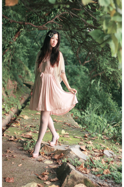 pink andante dress - beige Christian Louboutin shoes - gray Jonathan Aston tight