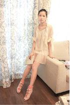 beige angela cardigan - pink edwina shoes