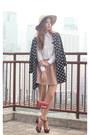 Tan-choies-hat-black-romwe-blazer-hot-pink-valentino-bag