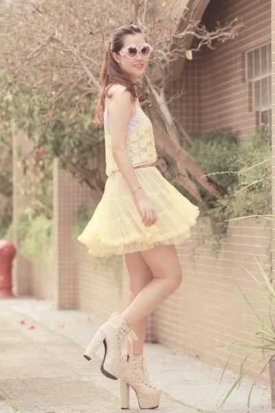 off white sleeh boots - light pink Choies sunglasses - light yellow Chicwish top