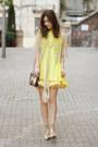 Brown-vintage-bag-yellow-from-laurustinus-vest-light-yellow-darling-cardigan