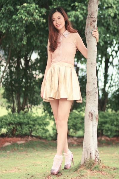 light pink ianywear top - light pink romwe dress - tan rare london skirt