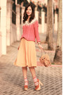 Salmon-becky-bloomwoods-wardrobe-sweater-light-yellow-from-laurustinus-skirt