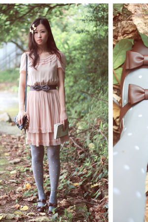 beige H&M dress - gray H&M belt - brown baby & baby shoes