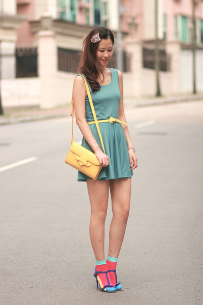 turquoise blue Yesstyle dress - yellow romwe bag - hot pink romwe socks