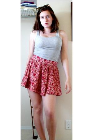 Target shirt - forever 21 skirt - forever 21 sunglasses