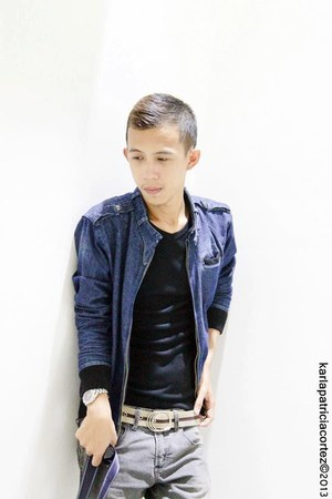 silver Fossil watch - black Topman shirt - denim jacket Jag - Lee pants