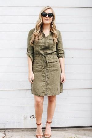 dark khaki utility H&M dress - tawny Steve Madden heels