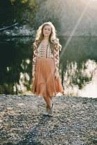 burnt orange midi Forever 21 skirt - tan suede Carlos Santana boots