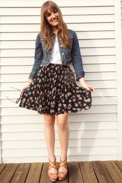 blue denim Ann Taylor Loft jacket - black floral pleated vintage skirt - white T