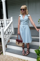 Minx dress - vintage purse - vintage shoes - H&M sunglasses