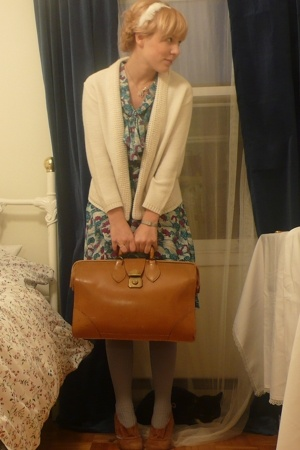 h&m via thrift town dress - flea market purse - Jeffrey Campbell shoes