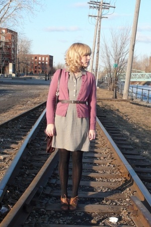 purple cardigan thrifted sweater - green oxfords naturalizer shoes