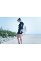 dark gray knitted Zara sweater - white Aldo bag - black leather Zara shorts