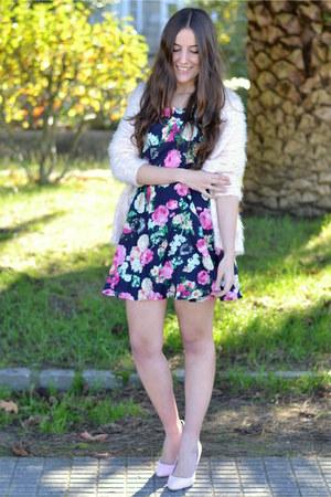 sammydress dress - Bershka cardigan - suiteblanco heels