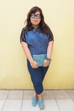 blue cute buttoned Just G jeans - sky blue What Women Want purse
