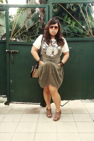off white studded shirt - brown sophie martin bag - tawny sunglasses