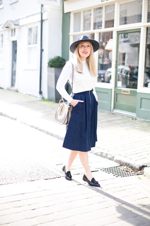 Ballerina Midi Skirt - How to Wear and Where to Buy | Chictopia