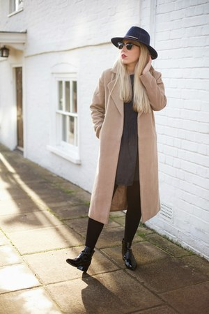 camel duster Missguided coat