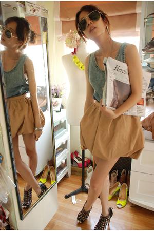 marios jeans top - heidis secret leather skirt - Topshop shoes - newspaper clutc