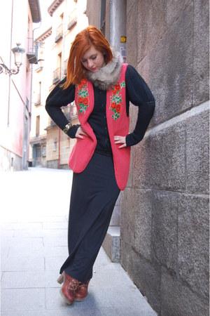 bb up boots - thrifted vintage dress - H&M sweater - H&M scarf - Gap bag - handm
