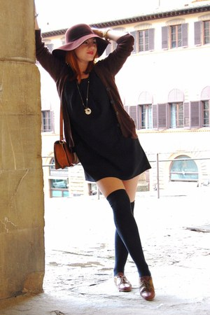 tawny vintage shoes - black Pulz dress - dark brown Stradivarius hat - brown vin