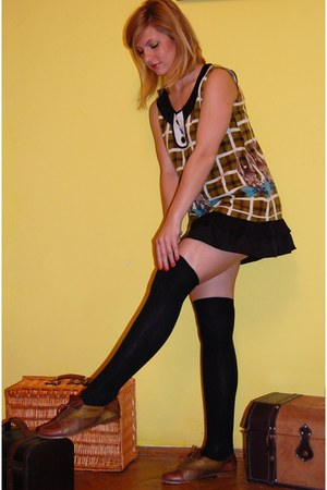 dark brown vintage shoes - dark khaki Darimeya dress - black Primark socks