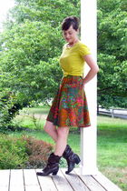 brown dress - yellow J Crew t-shirt - brown boots