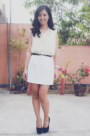 ivory Style Hub top - black Chick Flick heels
