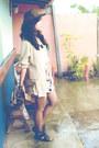 Black-cut-out-chick-flick-boots-tan-mike-dela-rosa-blazer