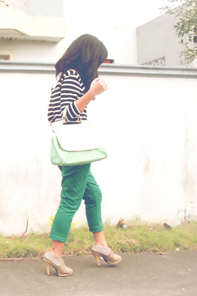 black Forever 21 dress - green Seventeen pants - white Levis top