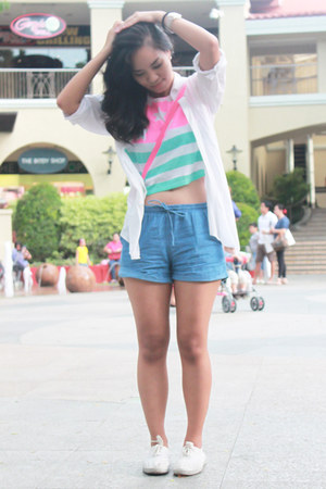 white PINK FASHION shirt - sky blue Tomato shorts