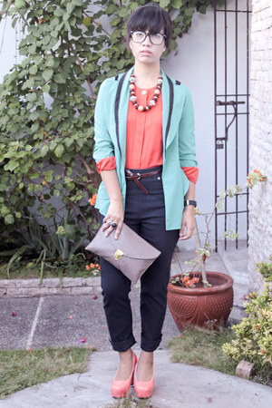 Chick Flick blazer - envelope clutch Mauve bag - Thesa blouse