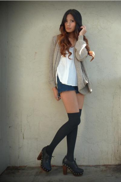 blue Levis shorts - cream Forever21 top - black Forever 21 socks