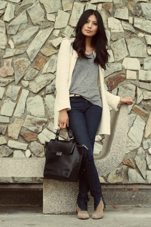 cream Zara coat - navy UO jeans - charcoal gray Zara t-shirt