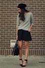 Black-zara-skirt-heather-gray-zara-sweatshirt-black-zara-heels