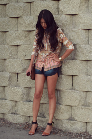 peach asos blouse - navy denim dolphin Forever21 shorts - gold c albeit necklace