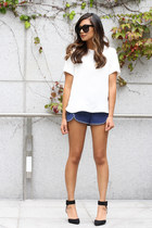 black Zara shoes - blue Forever 21 shorts - off white Zara blouse