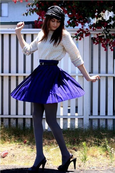purple thrift sweater