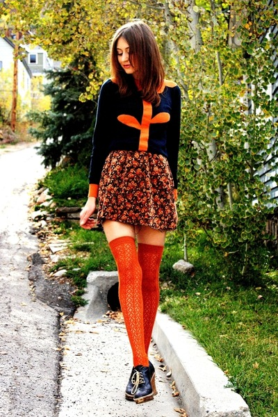 navy sweater - tawny socks - burnt orange vintage skirt - navy Report heels