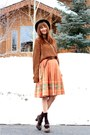 Vintage-sweater-crystallized-vintage-skirt