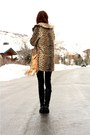Beige-vintage-jacket-black-piko-1981-sweater-navy-james-jeans-jeans-black-