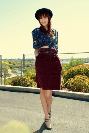 red thrift skirt