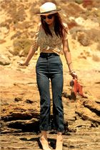 yellow vintage top - blue thrift jeans - brown vintage shoes