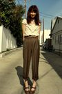 Brown-vintage-pants