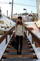 beige vintage shirt - black Celebrity Pink jeans - beige vintage sweater