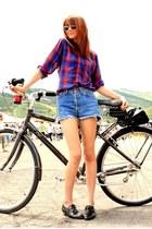black Steve Madden shoes - sky blue vintage levis shorts - maroon vintage blouse