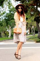 beige vintage sweater - beige Vintage Gucci skirt - brown Frye shoes